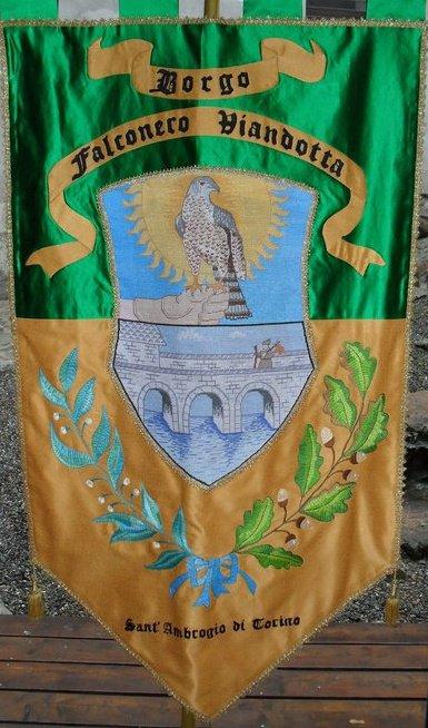 stemma borgo falconero